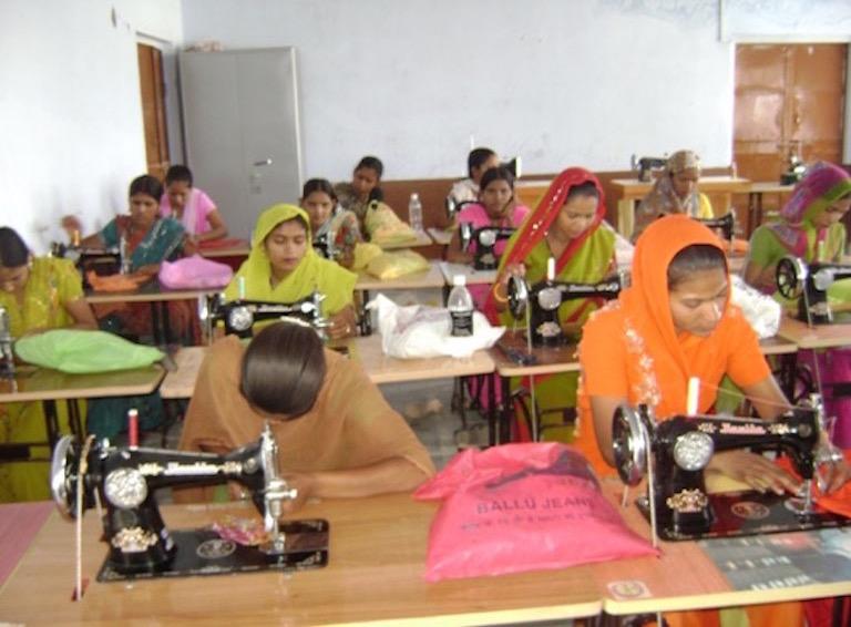 Free Sewing Workshops